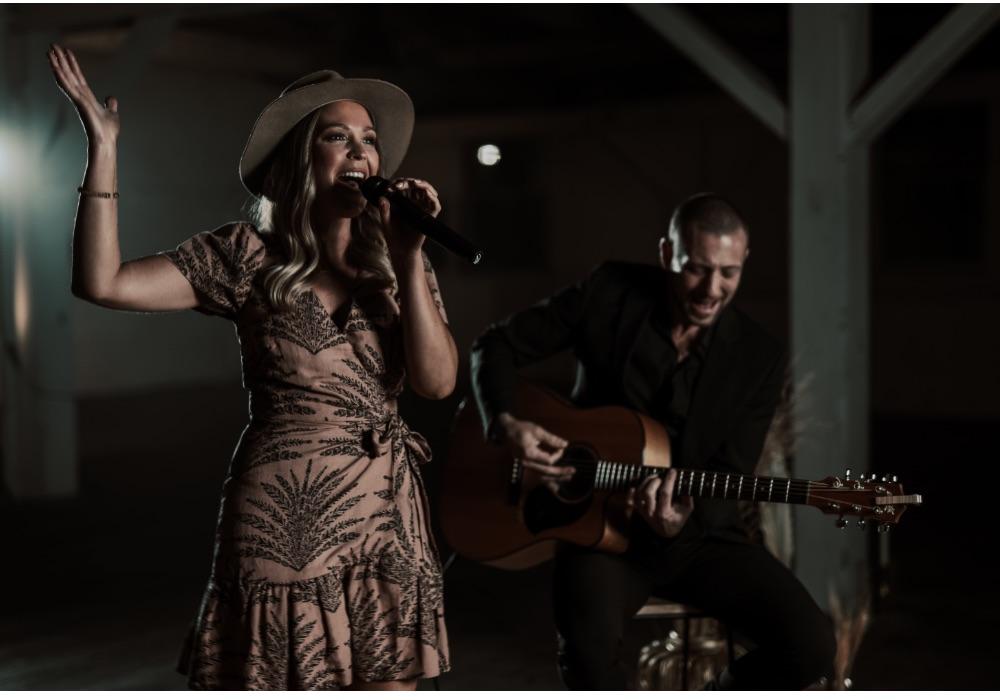 Wedding Entertainment Melbourne Cass & Vin Acoustic Duo