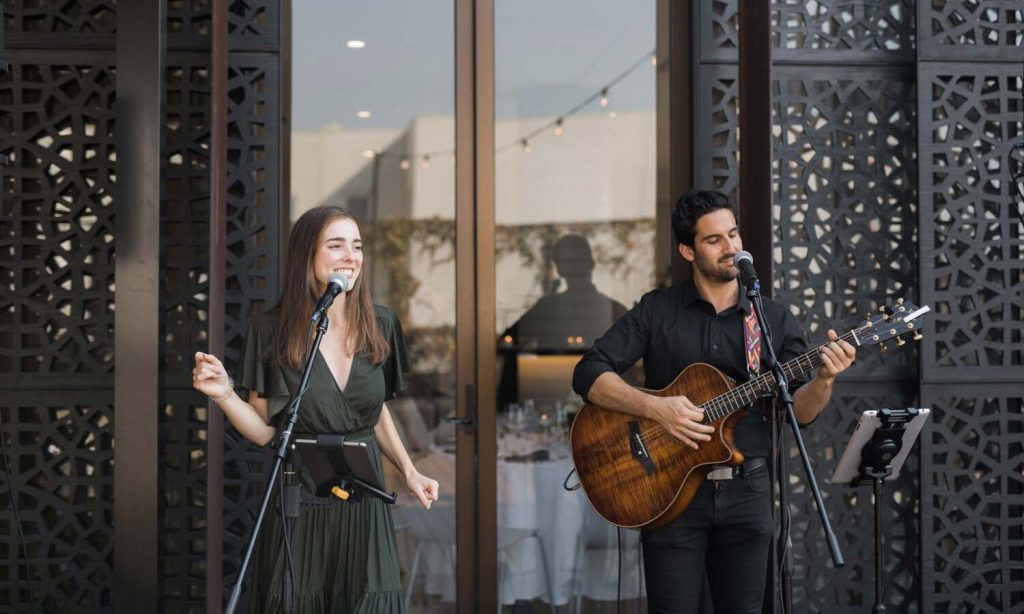 Jordyn Duo performing at Jess and Tom Melbourne Wedding 2